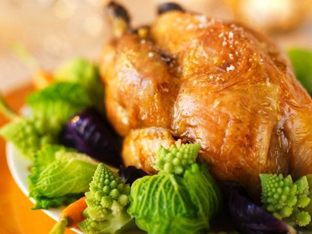 Мясо цесарки: польза и вред, вкус, состав, приготовление, хранение